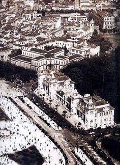 Praça Passeio Público (antigo Theatro Casino e Casino Beira-Mar) - Centro, Rio de Janeiro - RJ, Brasil