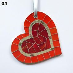 Mosaic Artwork, Mosaic Wall Art, Mosaic Diy, Mosaic Crafts, Mosaic Projects, Craft Projects, Glass Glue, Fused Glass, Handmade Ornaments