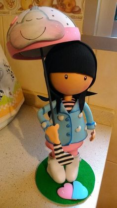 MI DOCTORA QUIN: fofucha gorjuss con paraguas Foam Crafts, Crafts To Do, Diy Crafts, Box Surprise, Biscuit, Rubber Doll, Little Boy And Girl, Clay Ornaments, Lalaloopsy