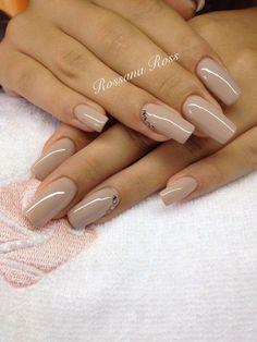 Royal 30 Crystal Nails