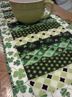 Paper Poppies & Paisleys: February Projects - St. Patrick's Day table runner