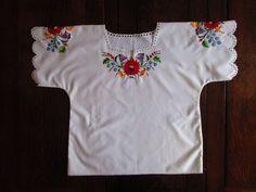 Vintage Hungarian Kalocsa Women Blouse Red Rose Peasant Style M Hippie Boho  #Handmade #ShortSleeveBlouse #Casual