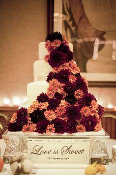 Fall+Mum+Wedding+Cake