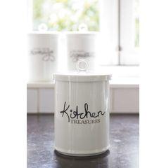 Rivièra Maison €34,95 Kitchen Treasures Storage Jar. Misschien om zelf te maken met een porseleinstift