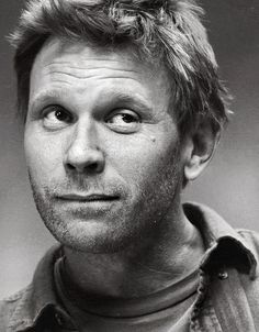 Mark Pellegrino.  Look at that face, it's pure innocence.  Stop it Lucifer, you aren't supposed to have puppy dog eyes.