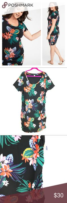 ddc8f9af4 NWT Old Navy Tropical Floral Side Ruched Dress 3X Brand new with tags!  Stored in