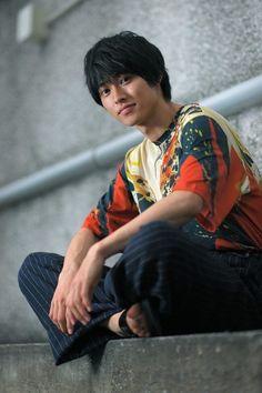 Japanese Drama, Japanese Boy, Asian Boys, Asian Men, L Dk, Kento Yamazaki, Boy Idols, Medical Drama, Artists And Models