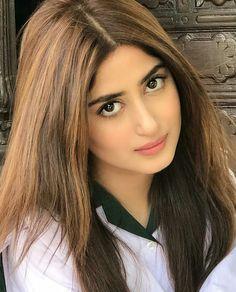 Cute Girl Photo, Beautiful Girl Photo, Beautiful Girl Indian, Pakistani Models, Pakistani Actress, Girls Dp Stylish, Stylish Girl Images, Sajjal Ali, Prity Girl