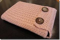 crochet case for laptops, ipad, cell phone.the possibilities are endless. Now, I just need to learn how to crochet. Crochet Laptop Case, Crochet Laptop Sleeve, Crochet Case, Crochet Phone Cases, Crochet Purses, Love Crochet, Learn To Crochet, Laptop Sleeves, Knit Crochet