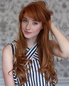 "yesgingerfriend: ""frecklesarebrilliant: ""Freckles are brilliant "" Klasse Sommersprossen "" Beautiful Freckles, Stunning Redhead, Beautiful Red Hair, Redheads Freckles, Freckles Girl, Red Hair Woman, Long Red Hair, Natural Redhead, Natural Red Hair"