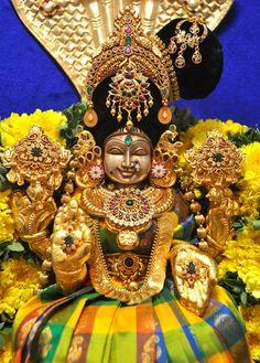 Mahalakshmi Durga Images, Lakshmi Images, Ganesh Images, Radha Krishna Images, Lord Krishna Images, Krishna Photos, Lakshmi Photos, Divine Goddess, Goddess Lakshmi