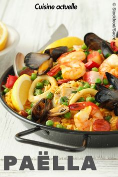 The Mixed Seafood Paella recipe out of our category Rice! EatSmarter has over healthy & delicious recipes online. Seafood Paella, Seafood Soup, Seafood Dinner, Veggie Recipes, Seafood Recipes, Pasta Recipes, Cooking Recipes, Mixed Seafood Recipe, Chowder Recipes