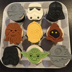 May the Force Be With Your Kids' Birthday Cakes
