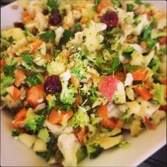 Thermomix Recipe Cleansing Spring Salad by maritbynke - Recipe of category Side dishes Salad Recipes Video, Salad Recipes For Dinner, Jamie Oliver, Vegetarian Recipes, Cooking Recipes, Healthy Recipes, Gf Recipes, Sin Gluten, Gluten Free