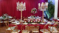 Decoração casamento marsala romântica Table Settings, Table Decorations, Furniture, Home Decor, Wedding Event Planner, Romanticism, Colors, Decoration Home, Room Decor