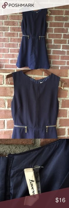Navy blue cute like a button dress Super cute, adorable navy blue dress, too small for me...but not for you!!!!!!!! :-) Lovely zips details! MEASUREMENTS Length 32 Bust 34 Waist 26 Dresses