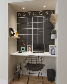 Home Office Design Ideas For Small Spaces Home Office Design, Home Office Decor, Home Decor, Office Desk, Mini Office, Minimalist Furniture, Classic Furniture, Home Office Organization, Leroy Merlin