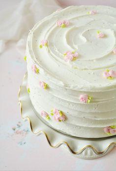 Smash Cake Girl, Girl Cakes, Pretty Birthday Cakes, Pretty Cakes, Homemade Lemon Cake, Lemon Buttercream, Cake Smash Photos, Sweet Tarts, Cake Flour