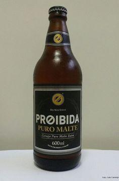 """PROIBIDA - Mais uma pequena cervejaria (Indústria Premium) lança, depois de se estabelecer com as populares """"pilsen"""" brasileiras, sua puro malte. A empresa surgiu no Ceará em 2011, foi vendida em 2013 e chegou com mais força ao sudeste em 2015. Seus criadores afirmam que a cerveja é baseada em receitas tradicionais da Checoslováquia."""