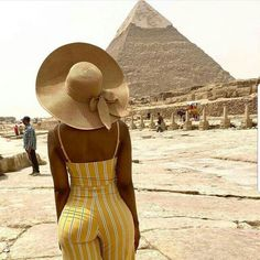 Black Travel Inspiration Take advantage of huge savings during the off-peak travel season Black Girl Magic, Black Girls, Look Body, Style Feminin, Summer Outfits, Cute Outfits, Vacation Outfits, Beautiful Black Women, African Fashion