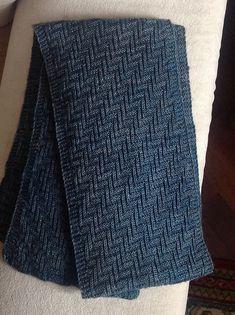 Ravelry: Indigio's Zig-zag scarf