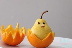 Seriously, how cute is this little Pear Birdie!? #fruit