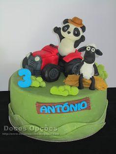 Doces Opções: A Ovelha Choné e o Panda foram de trator ao aniver... Cake, Desserts, Design, Food Cakes, Party, Agriculture, Pie Cake, Tailgate Desserts, Pastel