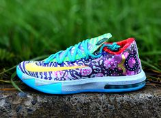 """Nike """"What The KD 6″ – Detailed Images- http://getmybuzzup.com/wp-content/uploads/2014/04/275995-thumb.jpg- http://getmybuzzup.com/nike-kd-6%e2%80%b3-detailed-images/- By Brendan Dunne  The """"What the"""" KD 6 is looking like it won't be the only special edition pair of Kevin Durant sneakers in the near future. With the NBA season just about wrapped up, Durant is looking like a lock for both MVP and the Scoring Title – achievements that we've seen comme..."""