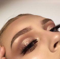 simple and gorgeous eye look #MakeupWakeup