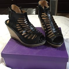 Forever wedge heels Very comfortable worn twice, women's size 8 Black and Tan in color, comes with box Shoes Wedges