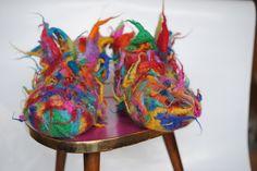 Hausschuhe - Filzpantoffeln,Filzschuhe,Filzpuschen,Schluppen - ein Designerstück von HaekelFee-Gerti_G bei DaWanda
