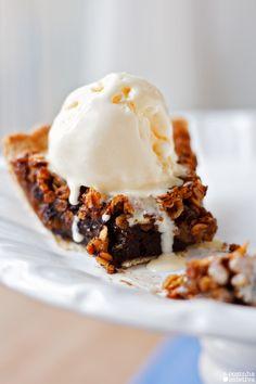 A Cozinha Coletiva: Torta de Chocolate e Pecã de Pobre {a.k.a. Torta de Aveia e…