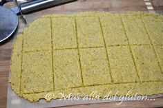 Más allá del gluten...: Galletas Saladas con Orégano y Ajo (Receta SCD y GFCFSF) Foods With Gluten, Vegan Foods, Gluten Free Recipes, Fast Food Nutrition, Recetas Scd, 1000 Calories A Day, Low Calories, Low Calorie Recipes, Healthy Recipes