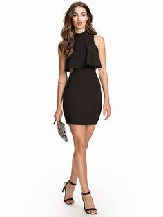 Overlap Cut Out Dress - Nly One - Svart - Festklänningar - Kläder - Kvinna - 449 kr