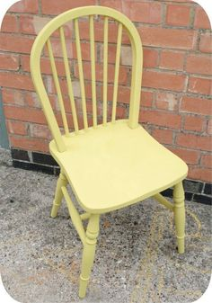 DIY Home Decor Projects | How To Refinish an Old Chair With Chalkboard Paint By DIY Ready. http://diyready.com/20-awesome-chalk-paint-furniture-ideas/