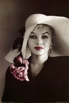 Never seen this picture of Marilyn Monroe. Beautiful!