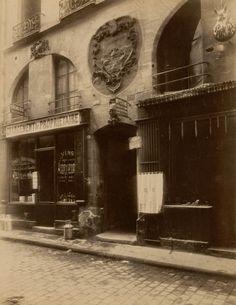 """Eugène Atget. """"18 Rue des Canettes"""". 1899. Paris, France."""