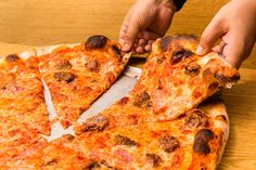 Best Pizza in America: Pizza Shops and Pizzerias For Your Bucket List - Thrillist Best Pizza In Nyc, New York Pizza, Good Pizza, Poland Food, Pizza Joint, Pizza Restaurant, Maple Bacon, All I Ever Wanted, Good Enough To Eat