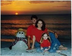 Christmas card beach picture. Cool idea for us that don't have snow in Oki :)