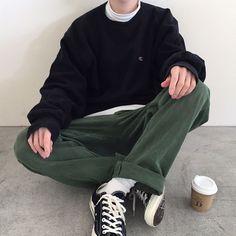 g e o r g i a n a - korean fashion aesthetic outfits minimal minimalist minimalistic soft kfashion ulzzang girl 얼짱 - Indie Outfits, Retro Outfits, Boy Outfits, Casual Outfits, Casual Clothes, Formal Outfits For Men, Grunge Clothes, Grunge Dress, Korean Fashion Men