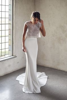 Wedding Dresses in Salt Lake City : The Bridal Studio Anna Campbell Trunk Show Event March & 2020 at The Bridal Studio in Salt Lake City for One weekend only! Receive off your purchase of Anna Campbell gowns during the trunk show e Top Wedding Dresses, Wedding Dress Chiffon, Wedding Dress Trends, Lace Dress, Prom Dresses, Long Dresses, Simple Dresses, Casual Dresses, Evening Dresses