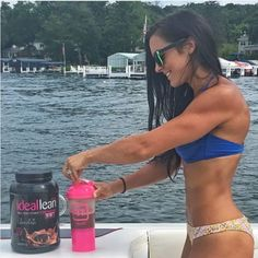 """""""Whether you're on the boat, the beach, or at a BBQ, you can always plan ahead for a healthier meal option. I love my IdealLean Meal Replacement Shakes! They fit my macros perfectly and are so delicious. #ad #IdealFit"""" - @the_real_kateboss"""