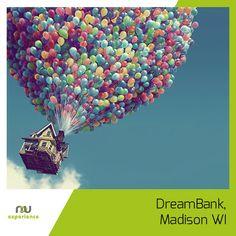 """""""Są gorsze rzeczy niż śmierć. Spędziłeś kiedyś wieczór z agentem ubezpieczeniowym?"""" - żartował W. Allen. Jak zachęcić ludzi do zainteresowania się ubezpieczeniami za pomocą zmiany wyglądu biura?  American Family Insurance odniosło w tej kwestii sukces: http://advexperience.com/adv-experience-blog/2013/09/23/188-dreambank-madison-wi"""
