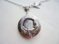 Antique silver photo locket girl in the moon 16 from Madame Butterfly by DaWanda.com