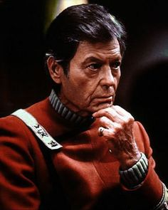 The story behind Dr. McCoy's/Deforest Kelley's pinky ring.