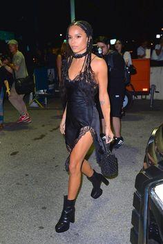 11 Looks da Zoe Kravitz Por Aí 11 Looks da Zoe Kravitz Por Aí - Fashionismo Lenny Kravitz, Zoe Kravitz Style, Cowgirl Style Outfits, Swag Outfits, Cool Outfits, Black Outfits, Big Little Lies, Zoe Saldana, Shailene Woodley