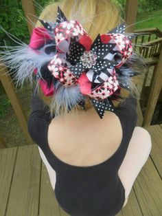 Large bow with boa.... 4 Blondie's Bowtique