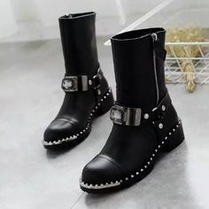 >>>Are you looking forRhinestone Zipper Shoes Woman Soft Leather Women Boots Buckles Metal Fashion Short Boots 2016 Brand Design Casual Flats BotasRhinestone Zipper Shoes Woman Soft Leather Women Boots Buckles Metal Fashion Short Boots 2016 Brand Design Casual Flats BotasDiscount...Cleck Hot Deals >>>  http://id780963251.cloudns.pointto.us/32752555748.html