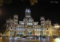 Plaza de cibeles, Palacio de Comunicaciones, MADRID