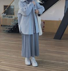 Modern Hijab Fashion, Street Hijab Fashion, Hijab Fashion Inspiration, Korean Girl Fashion, Muslim Fashion, Modest Fashion, Fashion Outfits, Maila, Casual Hijab Outfit